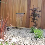 plants-and-water-feature-garden