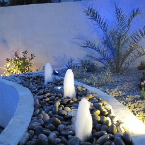 Garden-Water-Feature-at-night